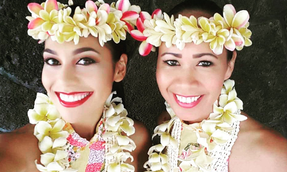 hawaii island hula dancer for event
