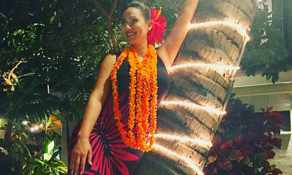 hula dancer for special occasion